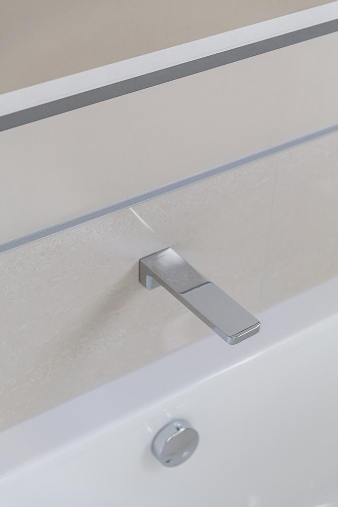 Ohoka bathroom hardware