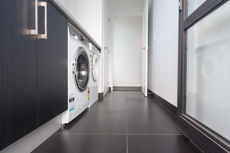 Manhatten laundry detail