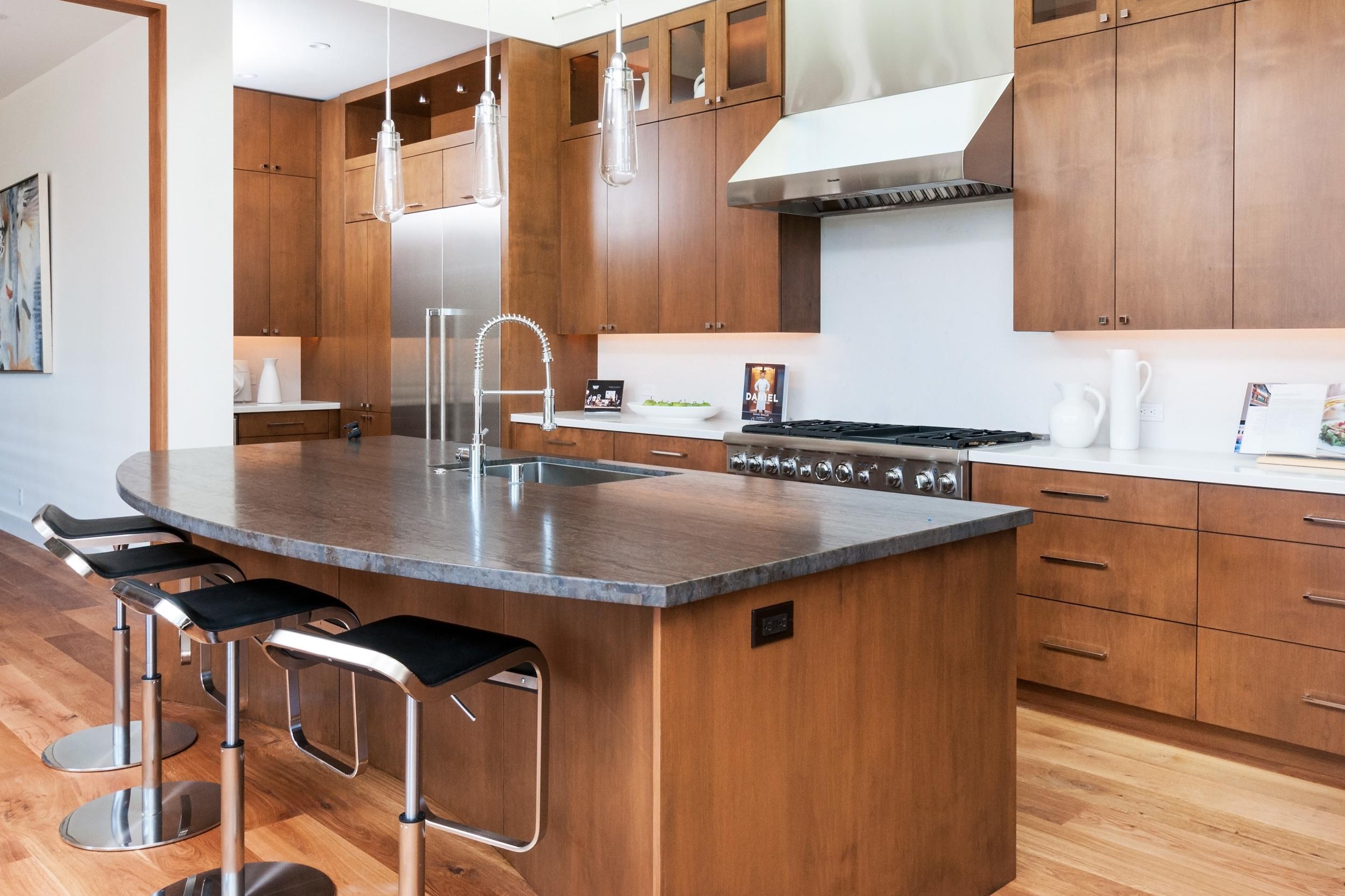 kitchen remodeling image 2
