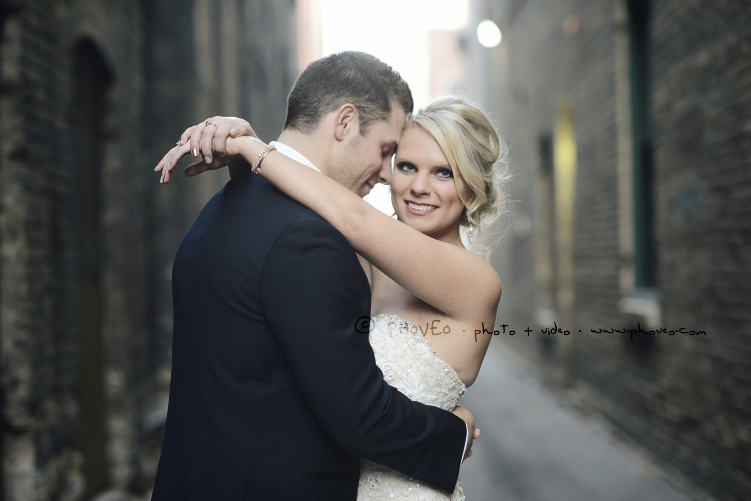 Alyssa + Mike | St. Paul, MN