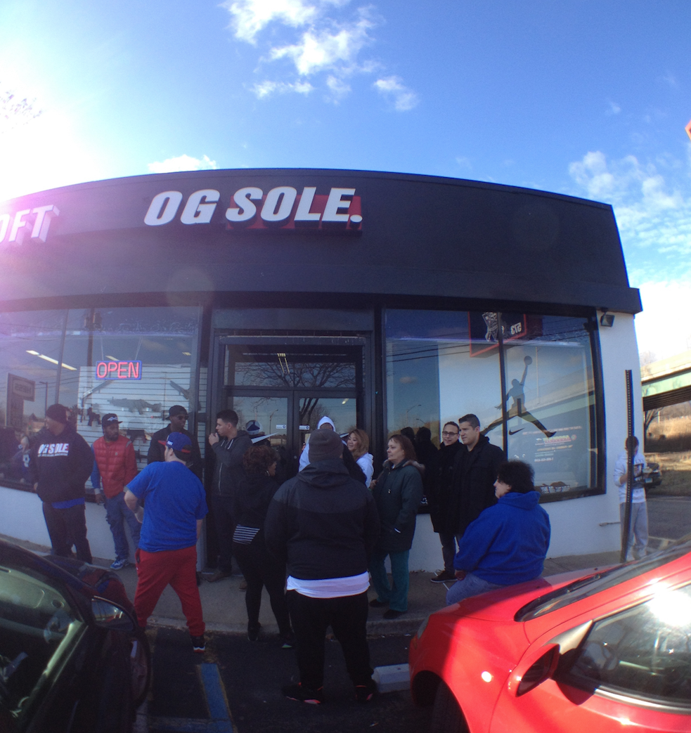 OG SOLE   573 RT 17 South, Paramus NJ 07652 (310) 871-4702