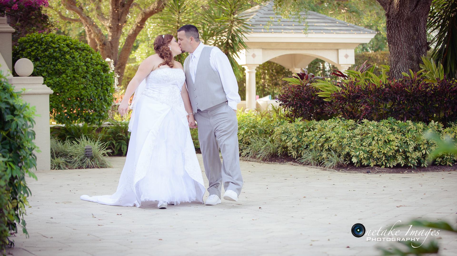 Wedding Photographer-Erin and Eric-The Strand Naples-0046.jpg