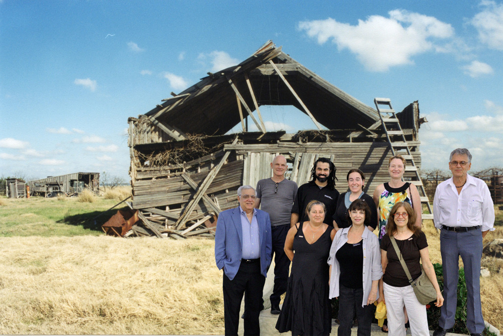 tour1_barn_sm.jpg