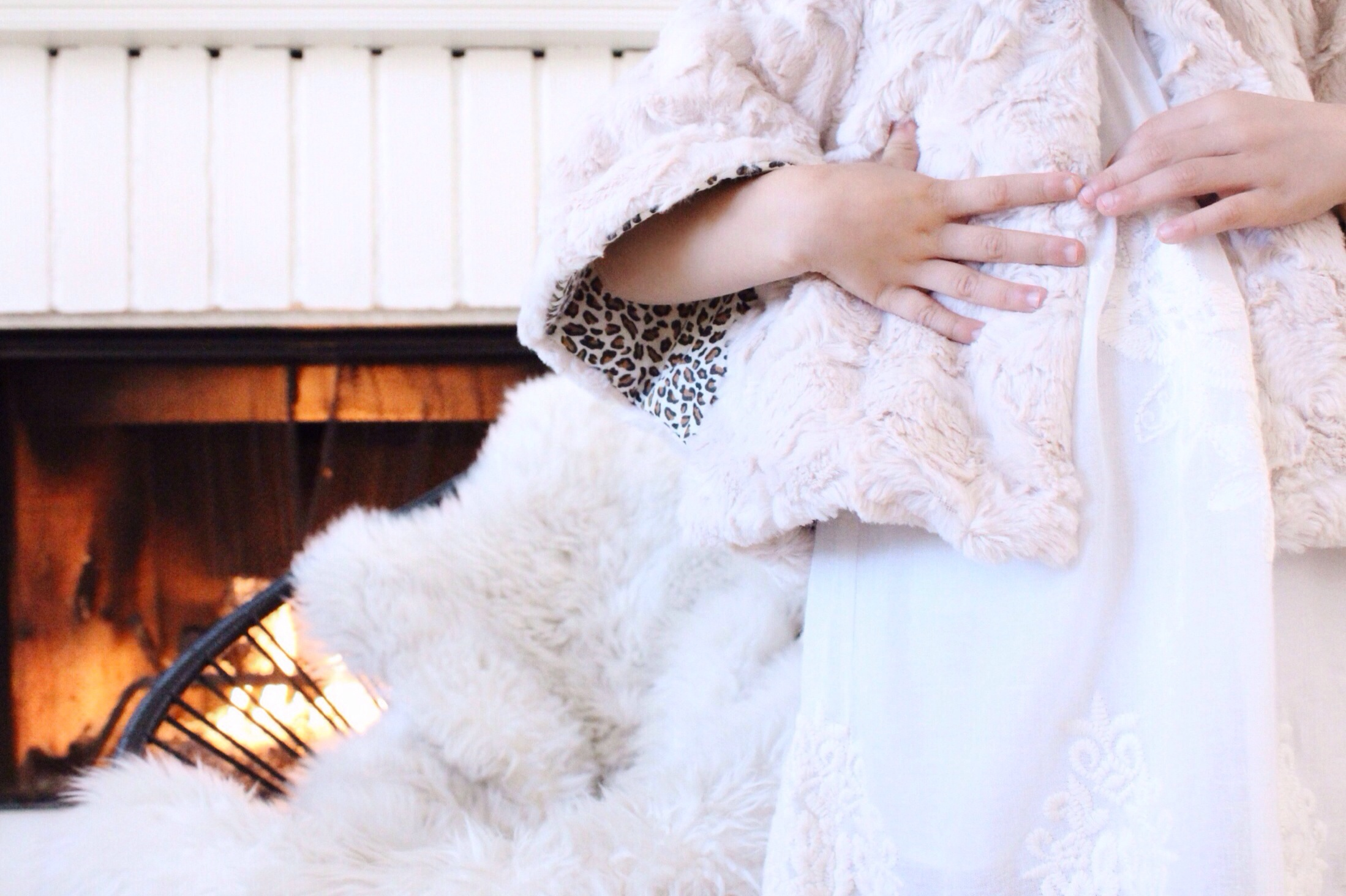Vintage Chic Dress  |  Faux Fur Cape