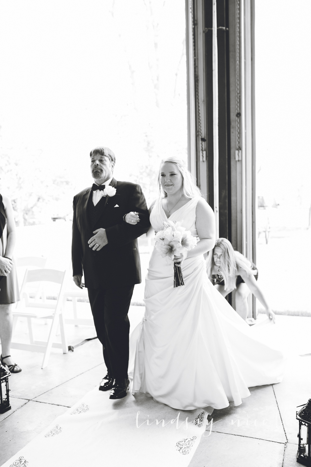 Bethanny looked absolutely stunning on her wedding day.