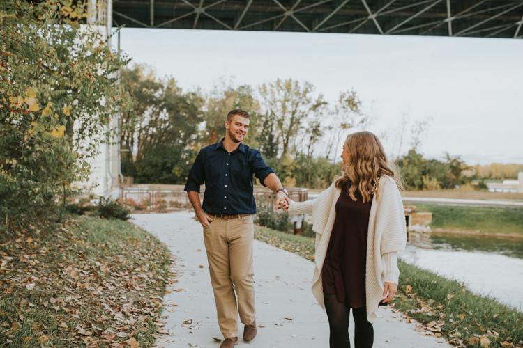 Toledo-Couples-Photographer-Lindsay-Nicole-Studio-9.jpg