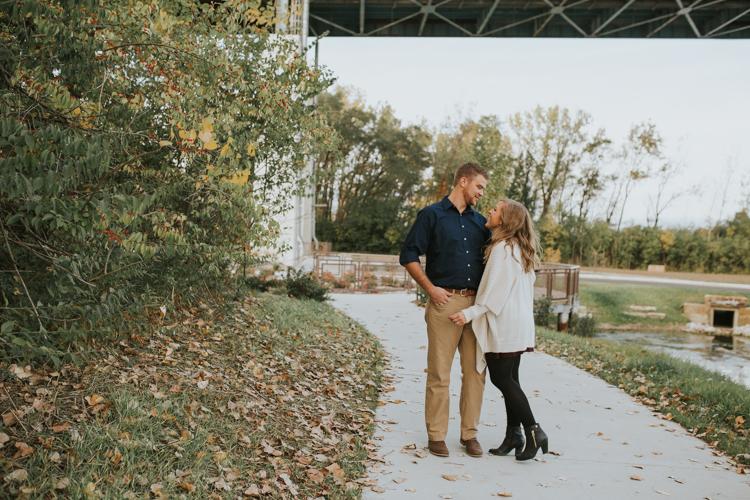Toledo-Couples-Photographer-Lindsay-Nicole-Studio-10.jpg