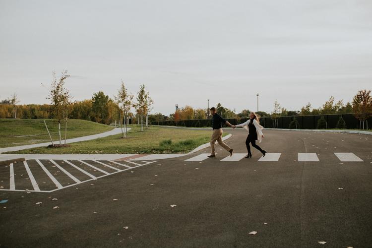 Toledo-Couples-Photographer-Lindsay-Nicole-Studio-12.jpg