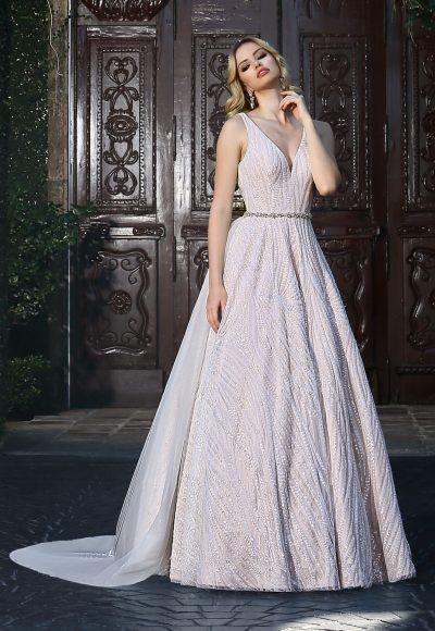 ashley-justin-modern-a-line-wedding-dress-33635681-400x580.jpg