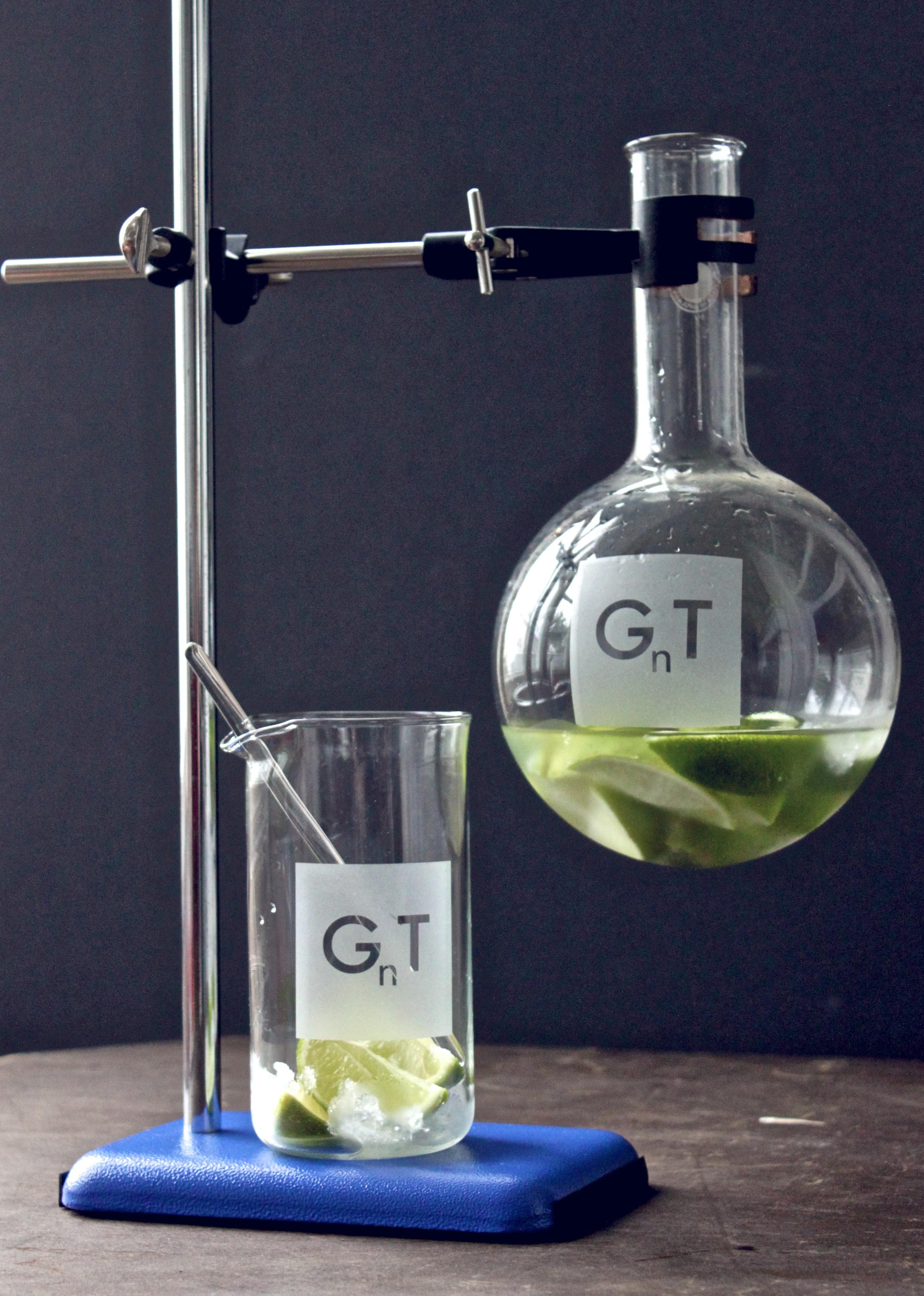 [GnT labflask & beaker] by [v&bp].jpg