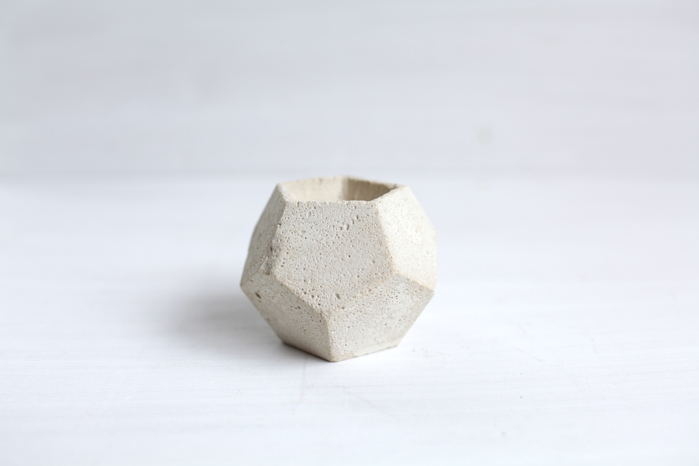 Concrete pot2_Concrete Jungles.jpg