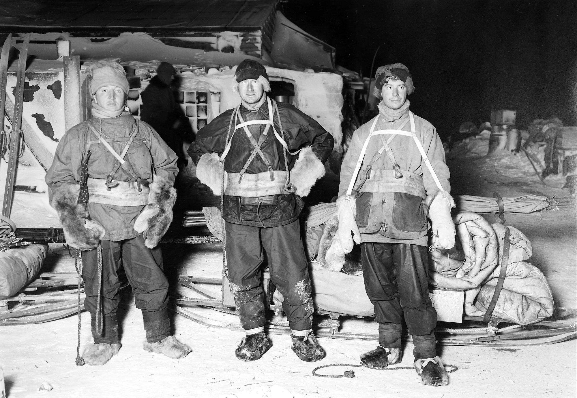 Eyewitness Accounts with Scott in the Antarctic  by Herbert Ponting