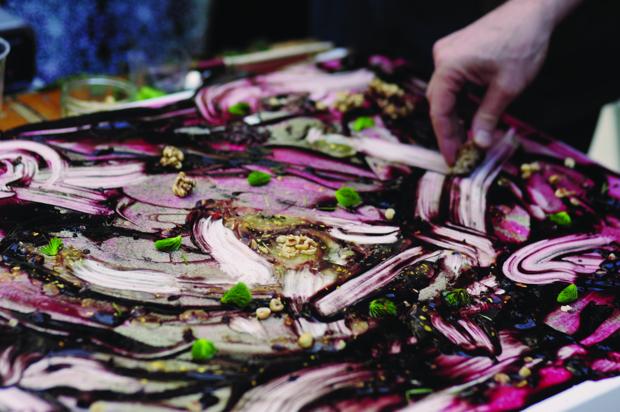 Food Painting, Daniel Ospina and Chris Lloyd, photograph by Isadora Lima de Oliveira