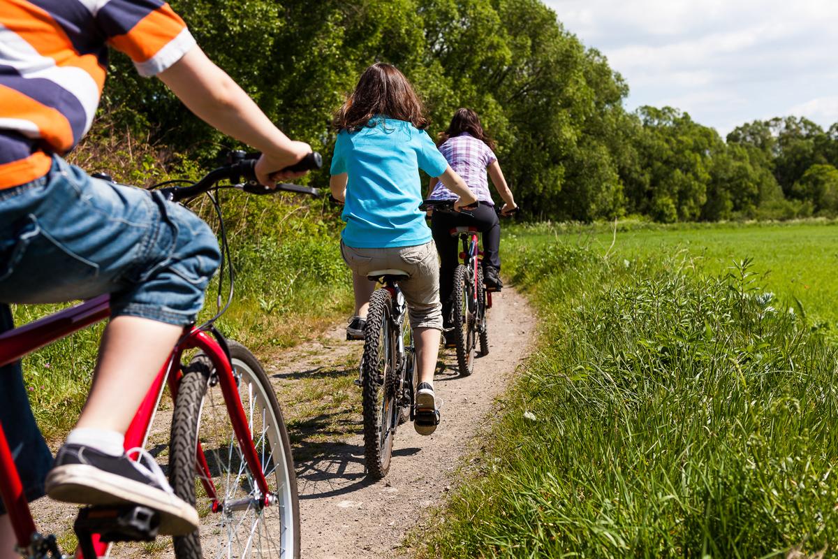 Sykkelparadis   Horten og omgivelsene er et paradis for syklister. På alle kanter av byen er det fantastisk natur som varierer fra det generelt flate strekket mellom Åsgårdstrand og Horten til skog og bølgende åser og jordbrukslandskap på de andre kantene av byen.