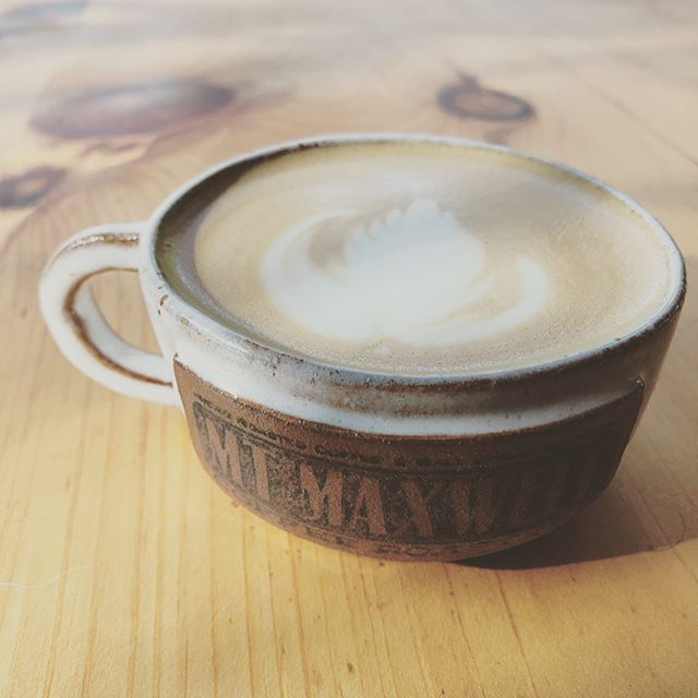 In love with our new custom cappuccino mugs from @outyardplay 😍☕️ Handmade here on Salt Spring, each of these mugs have so much character and charm! 💛 Find them on our website or email us to reserve yours!  #supportlocal #pottery #coffee #mtmaxwellcoffee
