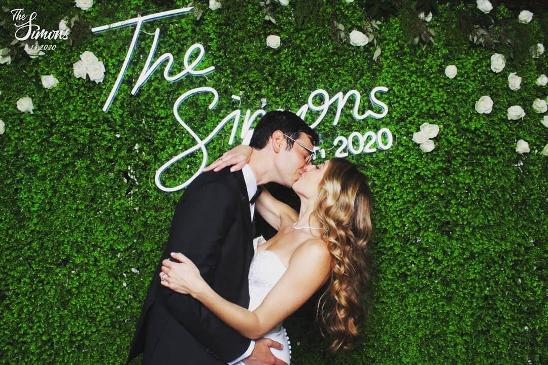 SnapSeat Photo Booths— Weddings