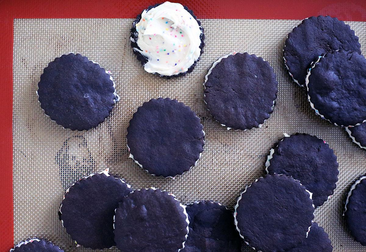 Birthday Cake Oreos-3.jpg