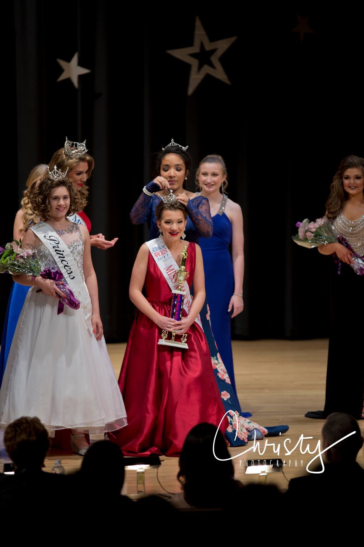 Congrats to the 2017 Miss Macomb Outstanding Teen, Emily Jones!  Photo Credit: C hristy Photography ,  Christy Bozard Heaton