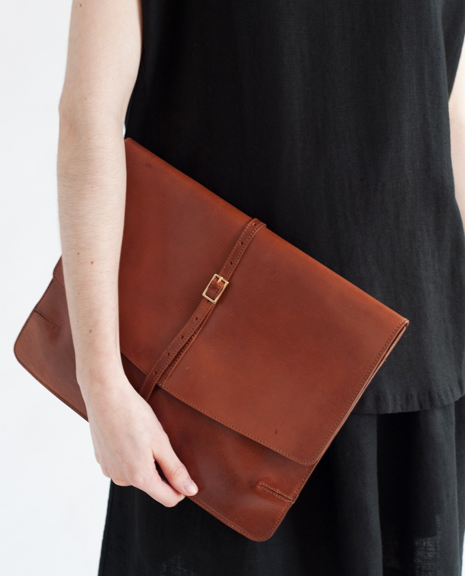 Florence-Beaumont-Organic-Leather-Clutch-Bag-1.jpg