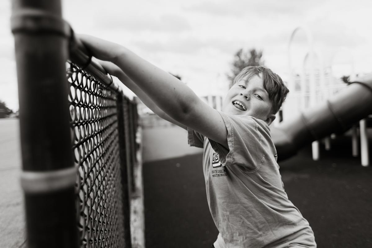greydon-last-day-4th-grade-photo-60.JPG