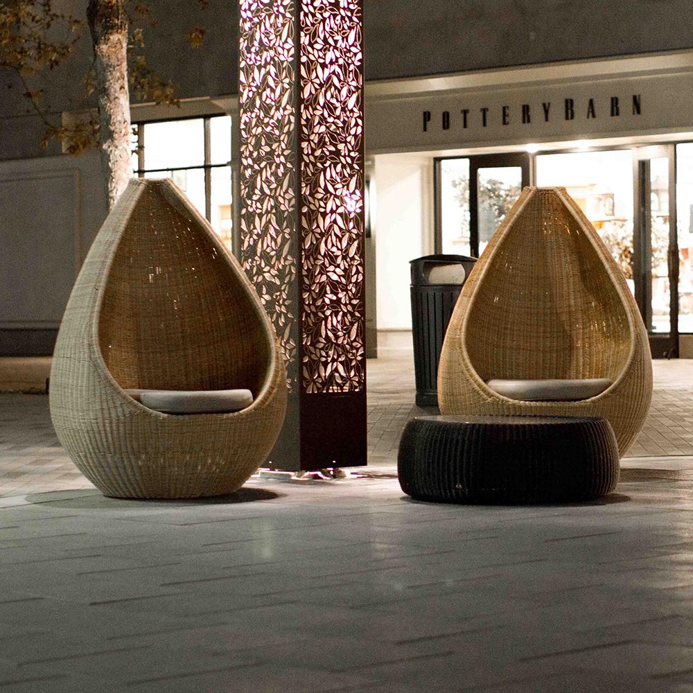 Jane_Hamley_Wells_HOTSPOT_DSDHSHYEA_modern_indoor_outdoor_guest_accent_high_back_lounge_chair_lifestyle_2.jpg