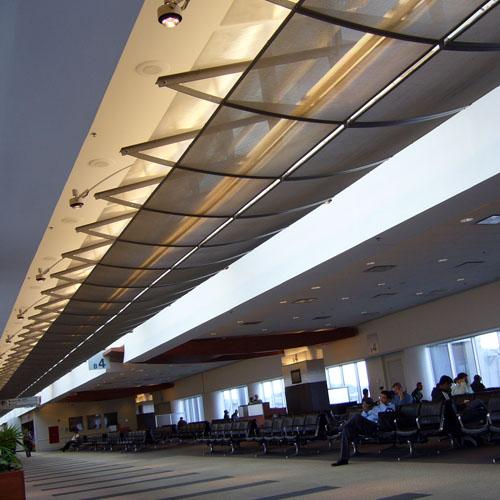 Louisville_KY_Airport_(1)_500x500_Hauptbild.jpg