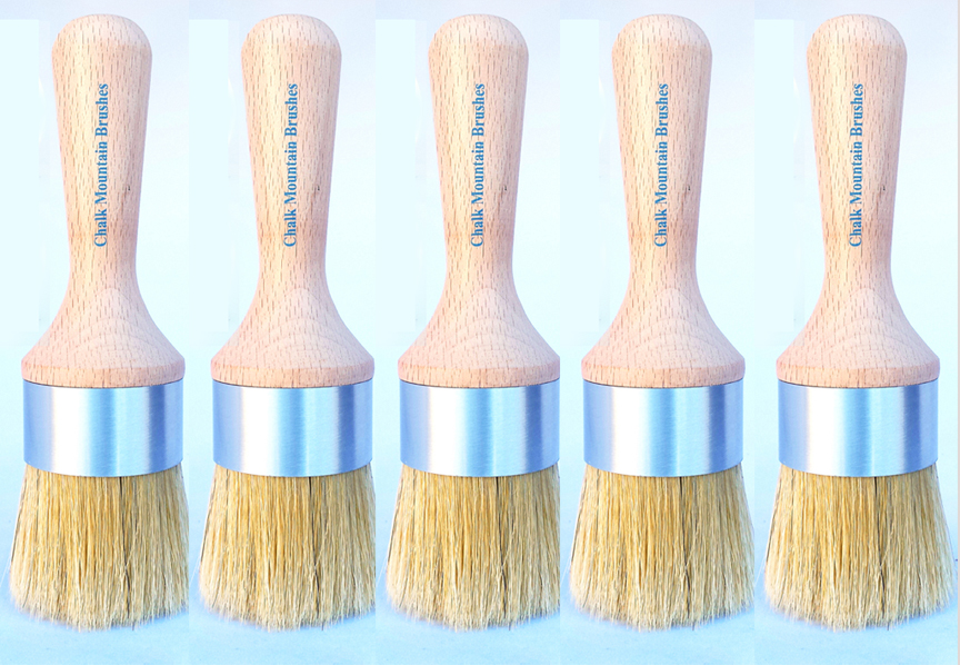 Chalk Mountain's premium brushes with Boar Hair Bristles