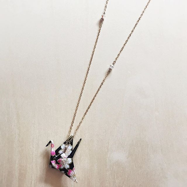 Love how the cherry blossoms came through on this origami crane custom order. 🌸 #clockeworkandlace #customorder #handmadejewelry