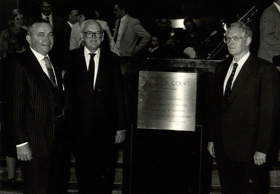 IOC-1986.jpg