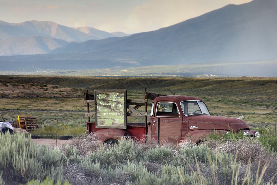 American Byways. On the way to Oregon Trail, Idaho.jpg