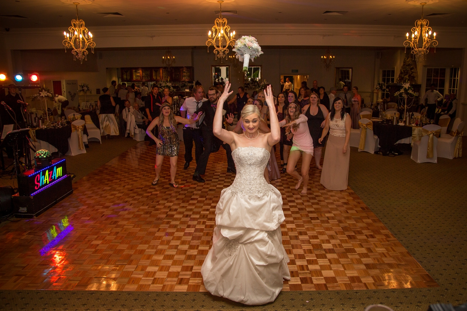 bride-throws-the-bouquet.jpg