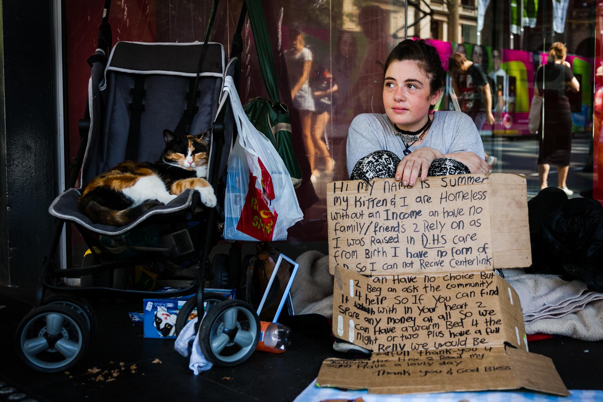 homeless-girl-cat.jpg
