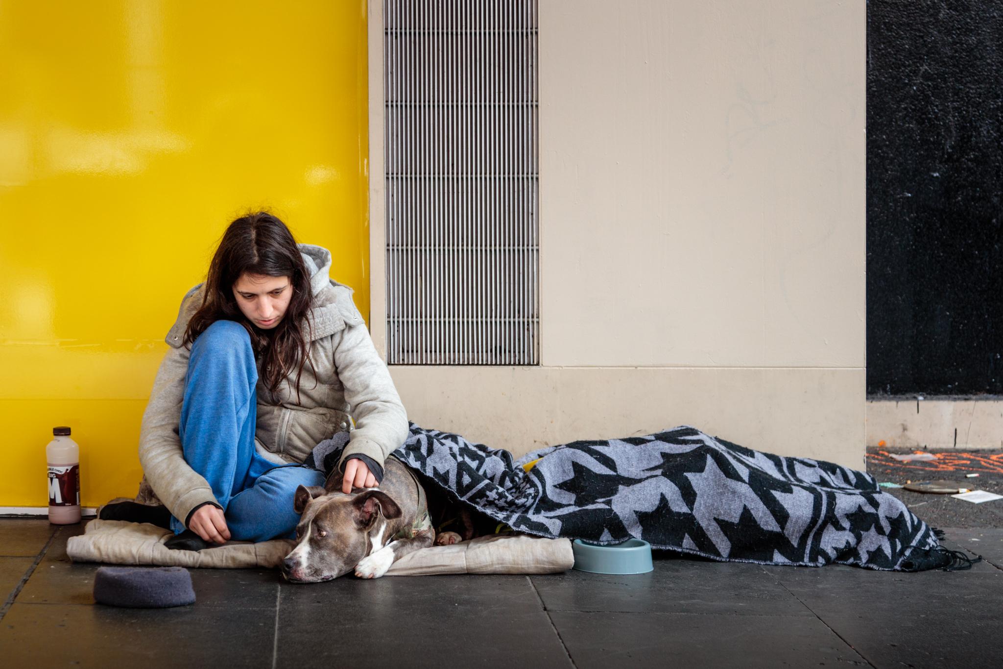 homeless-girl.jpg