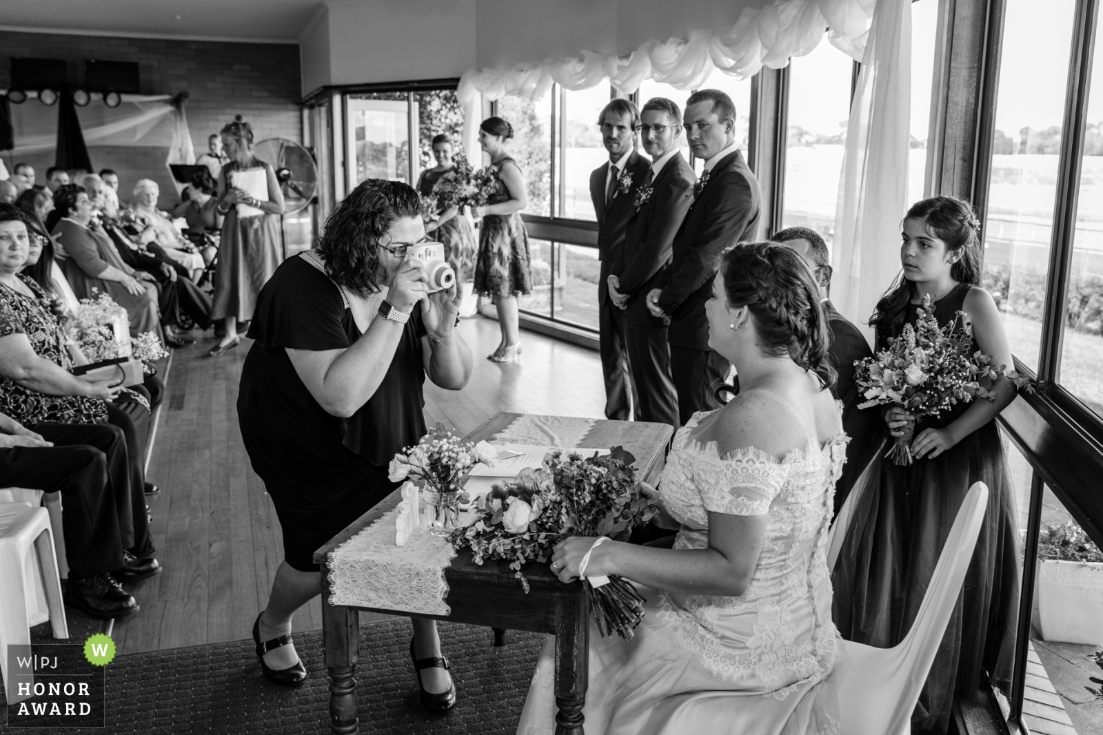 wedding-guest-takes-a-photo
