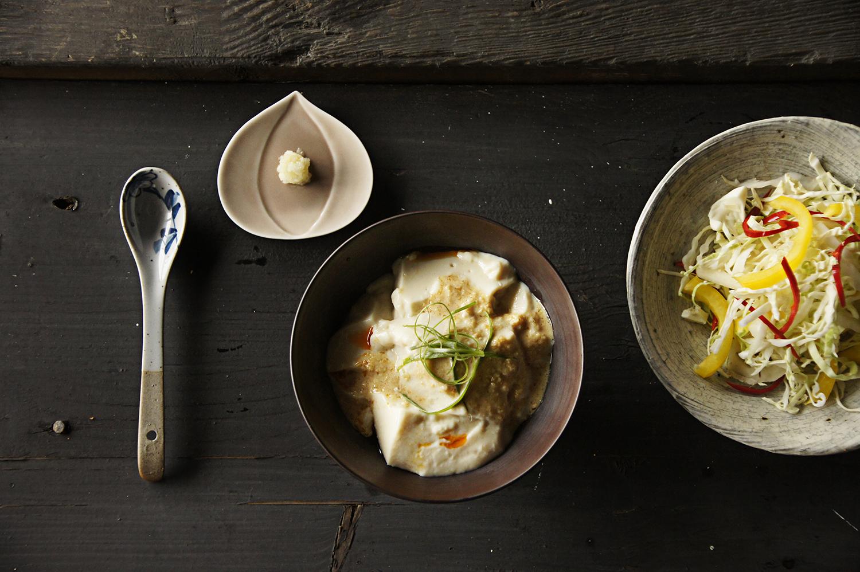 自家製豆腐佐胡麻醬沙拉