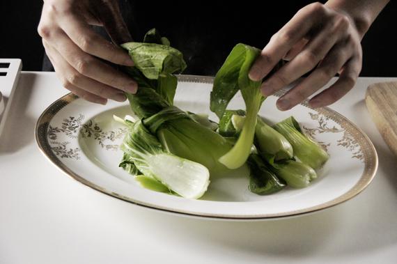 4. 將青江菜取出盛盤。