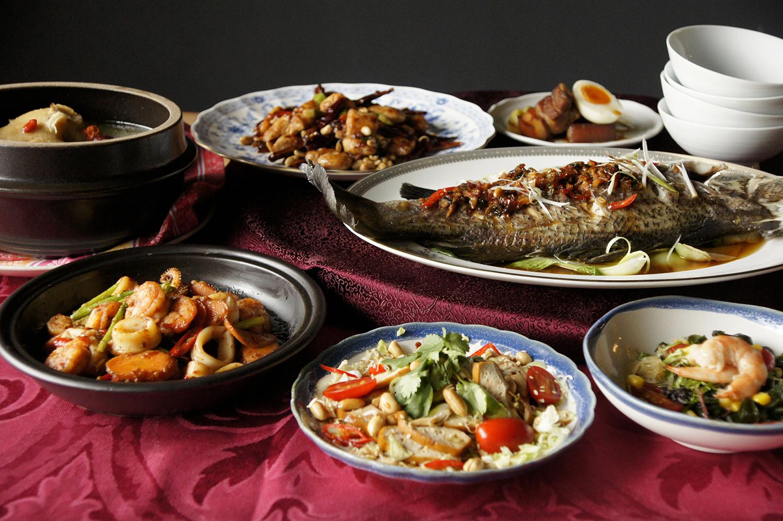日式鮮蝦海藻沙拉   松柏長青   豚角煮   宮保雞丁   XO醬炒雙鮮   醬拌清蒸魚   人蔘雞湯