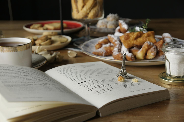 布列塔尼酥餅   葡萄乾小圓餅   葛瑞爾起司火柴棒   里昂麻花餅   奶油餅乾   椰絲雪球   蘭姆葡萄沙布列餅乾