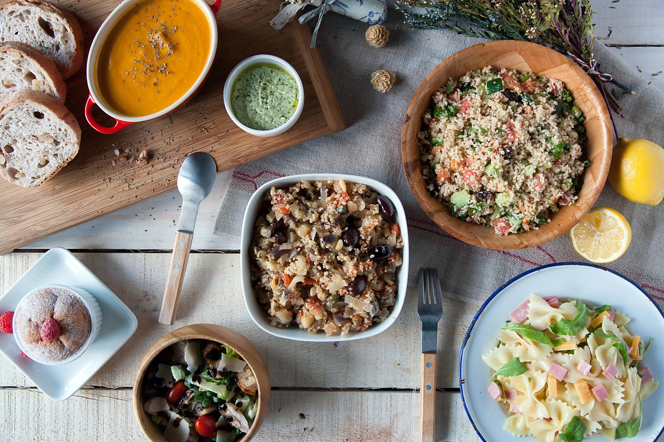 塔布勒沙拉   蝴蝶麵沙拉   香雞佐帕瑪森起司沙拉   西西里燉蔾麥與茄子   瑞扣塔起司青醬番茄濃湯   萊姆覆盆子小蛋糕