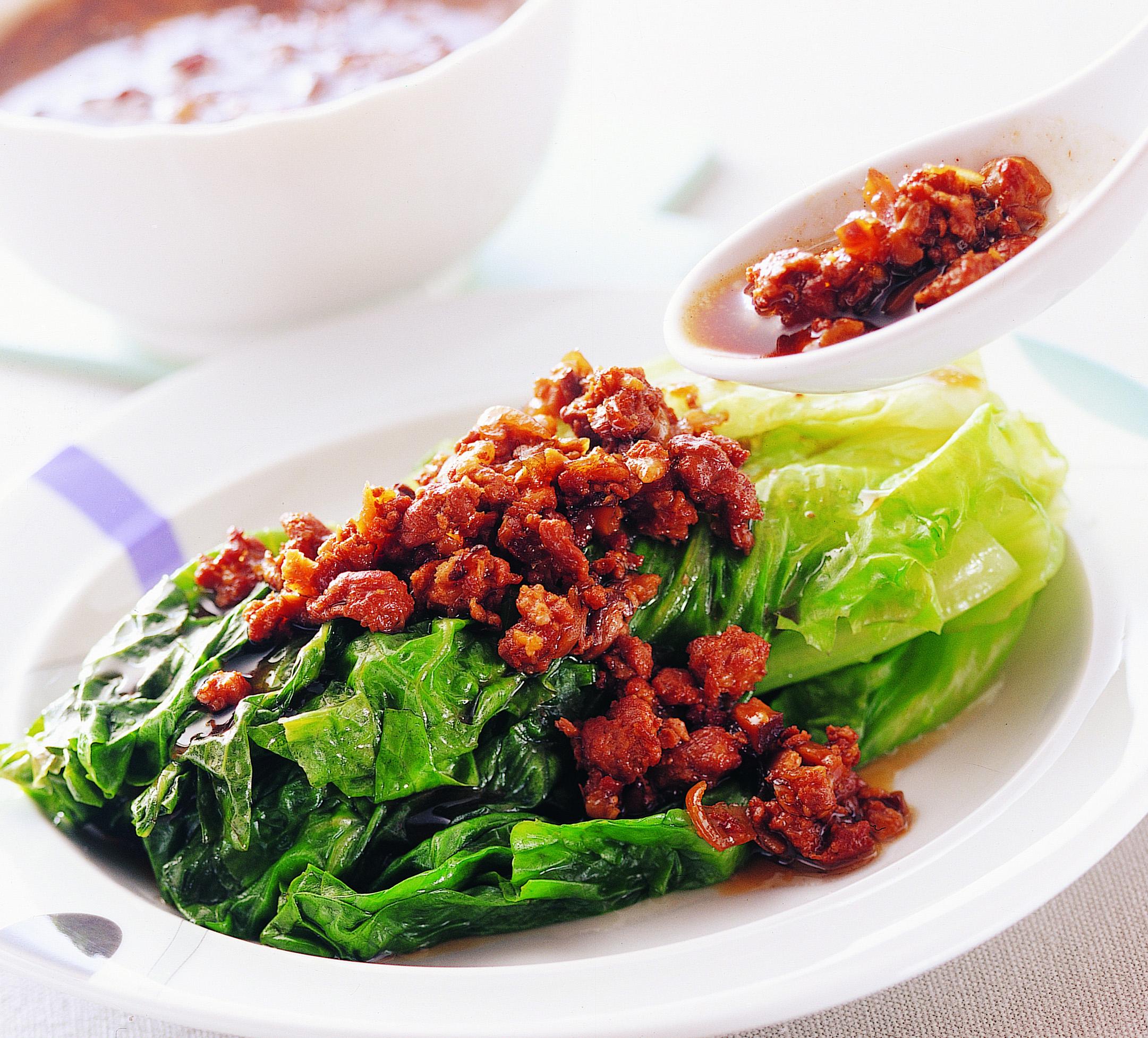 香菇肉燥+燙青菜.jpg