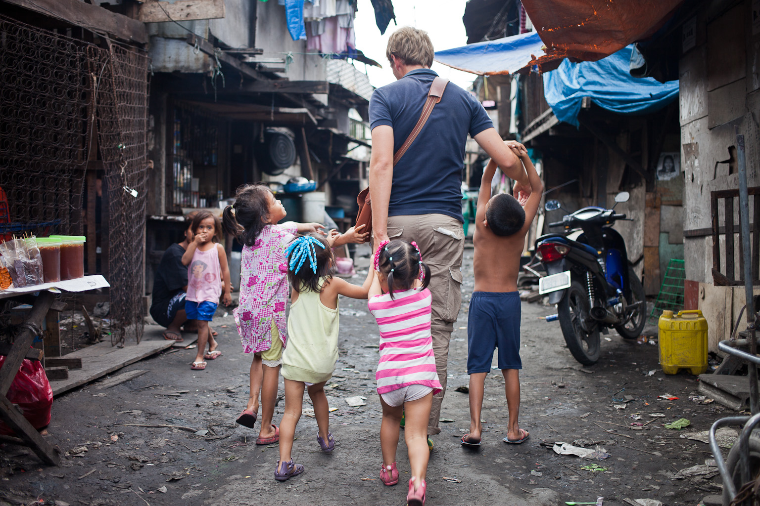 Tondo-slum-17.jpg