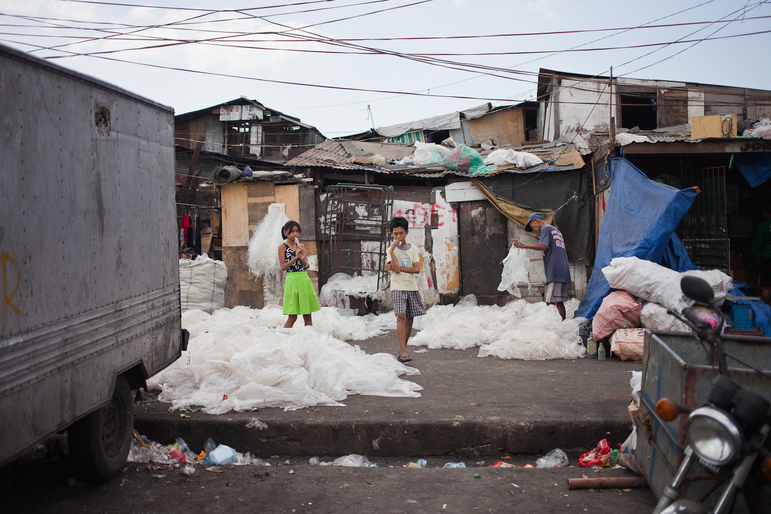 Tondo-slum-18.jpg