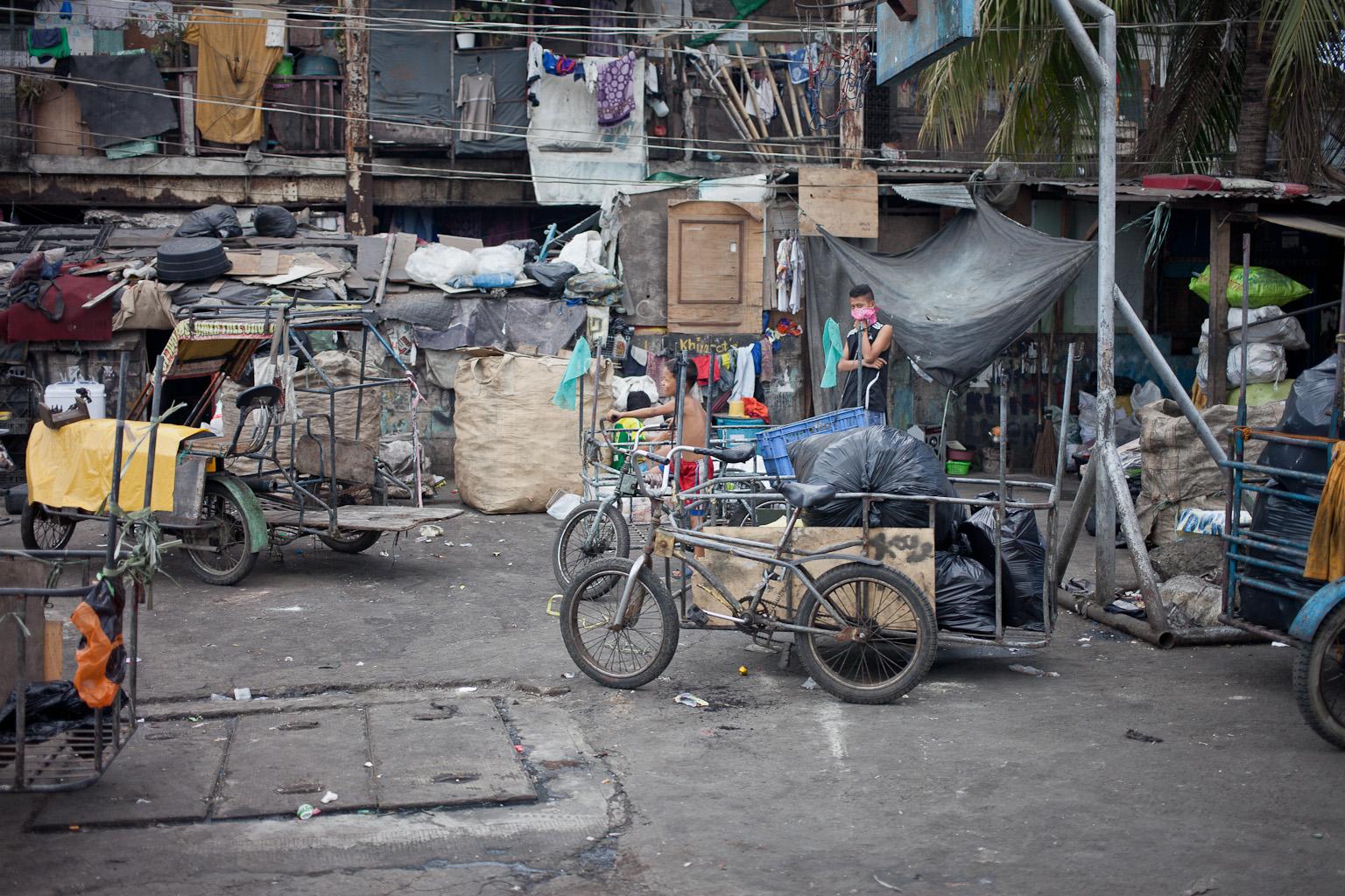Tondo-slum-21.jpg