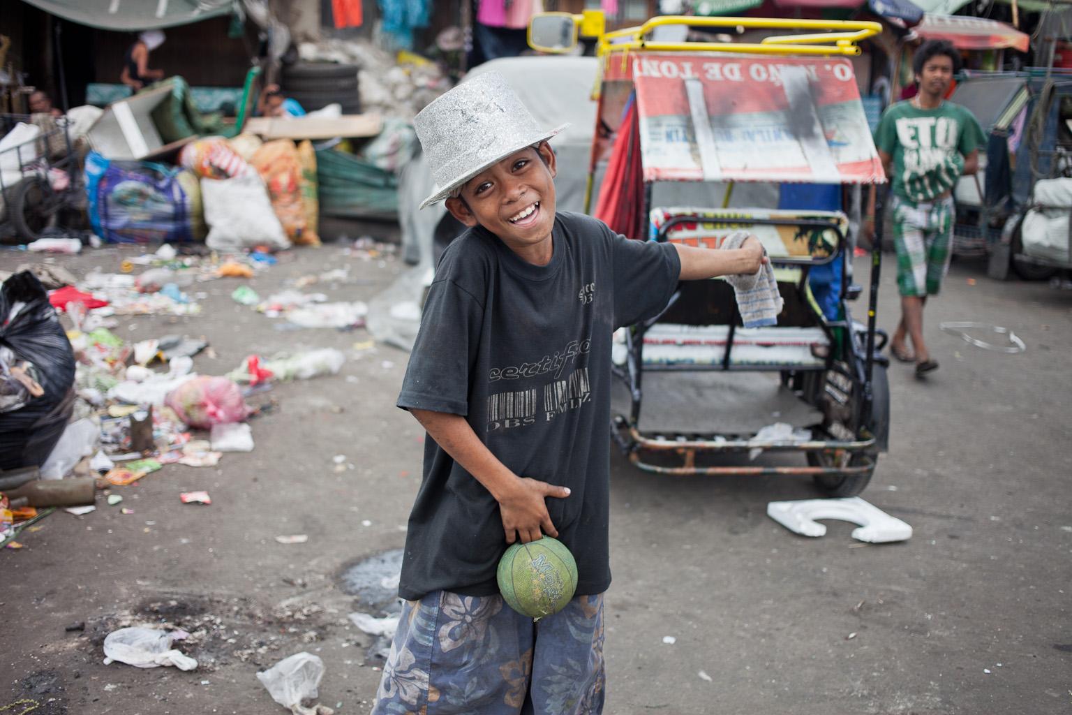 Tondo-slum-01.jpg