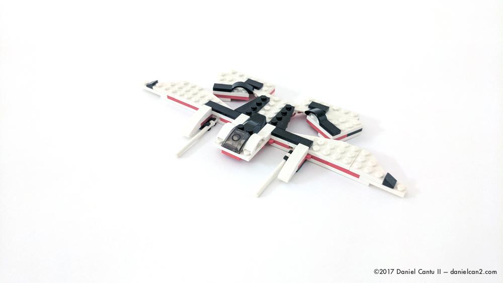 Daniel-Cantu-II-LEGO-Locust-V2-2.jpg