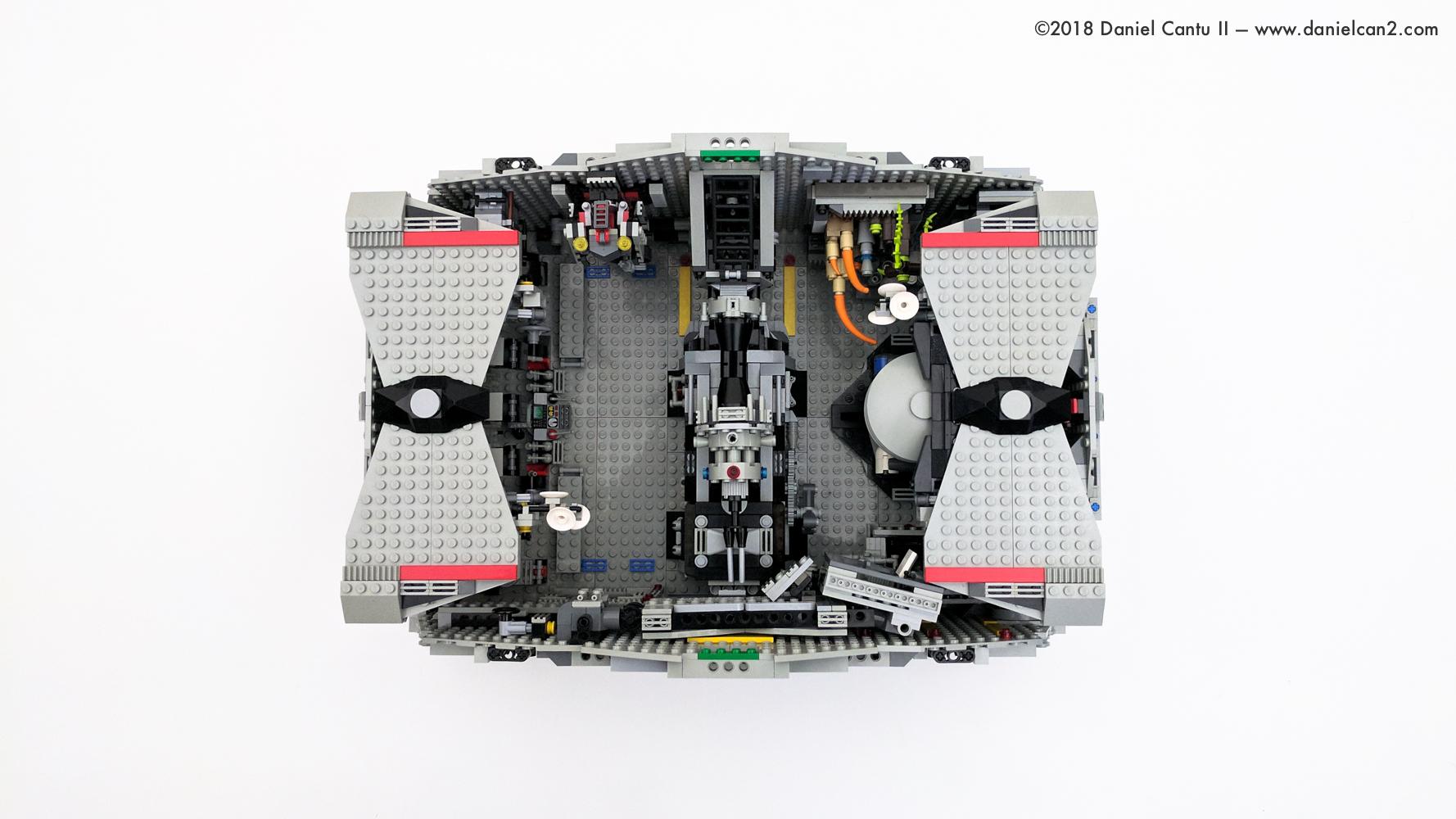 LEGO-Mobile-Fortress-2.jpg