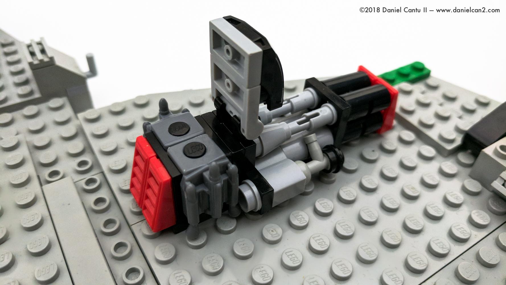 LEGO-Mobile-Fortress-43.jpg