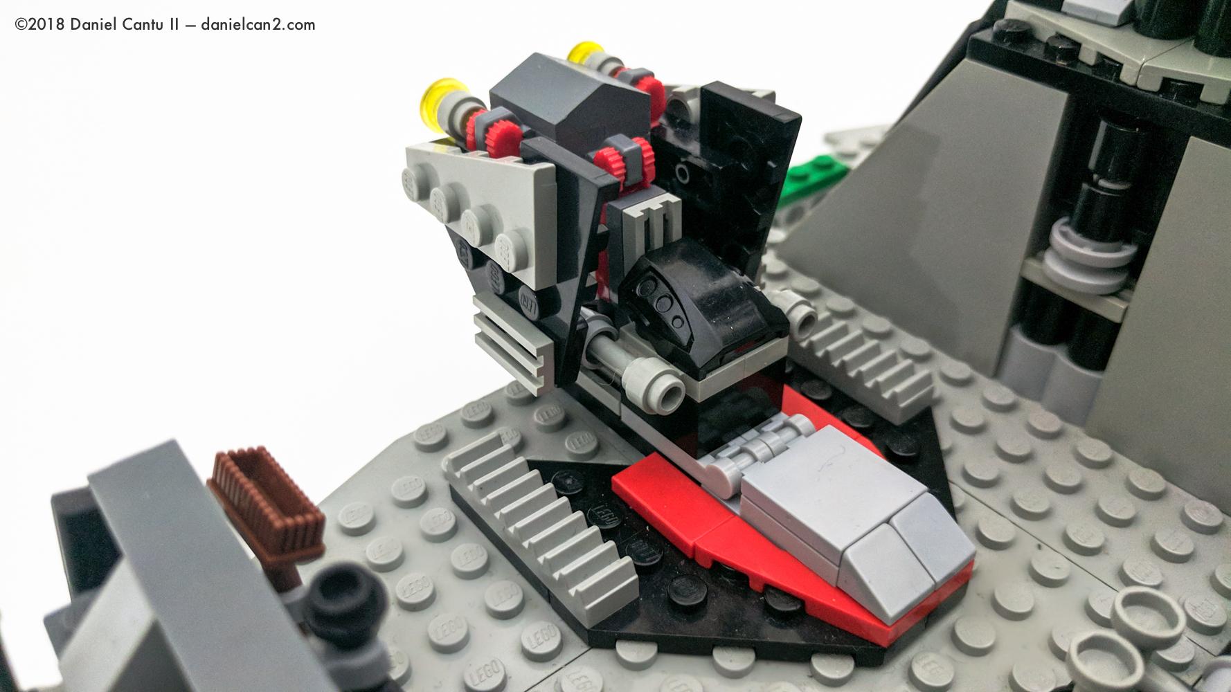 LEGO-Mobile-Fortress-50.jpg