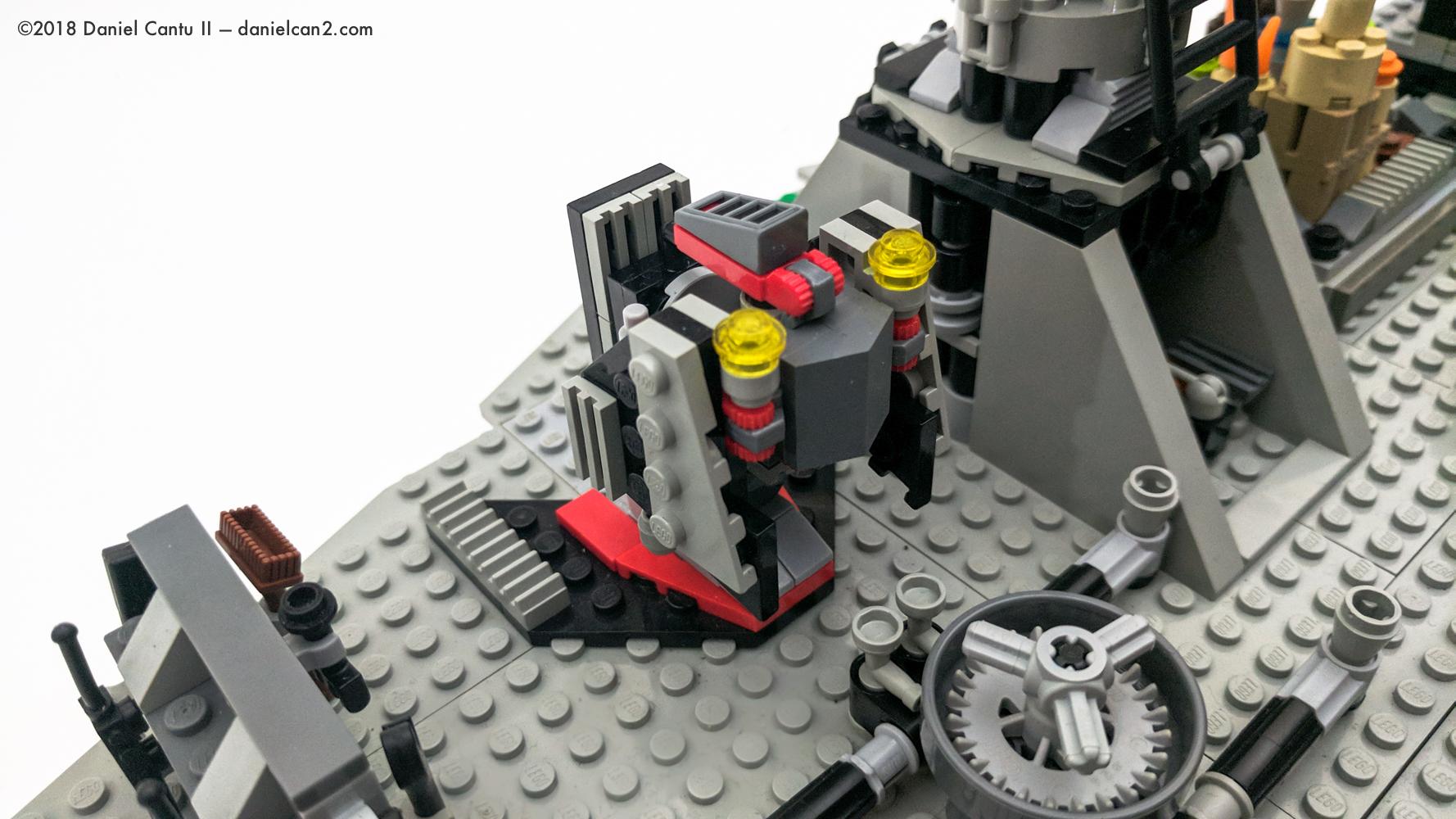 LEGO-Mobile-Fortress-51.jpg