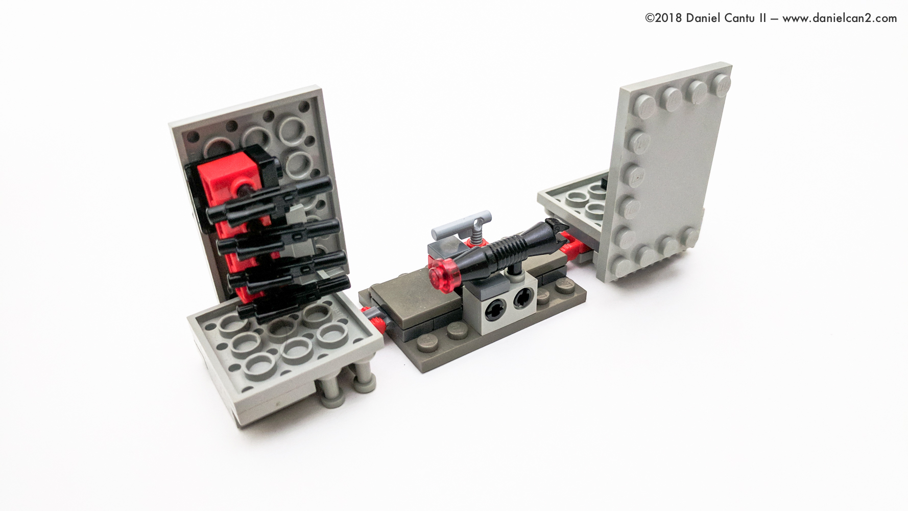 LEGO-Mobile-Fortress-56.jpg